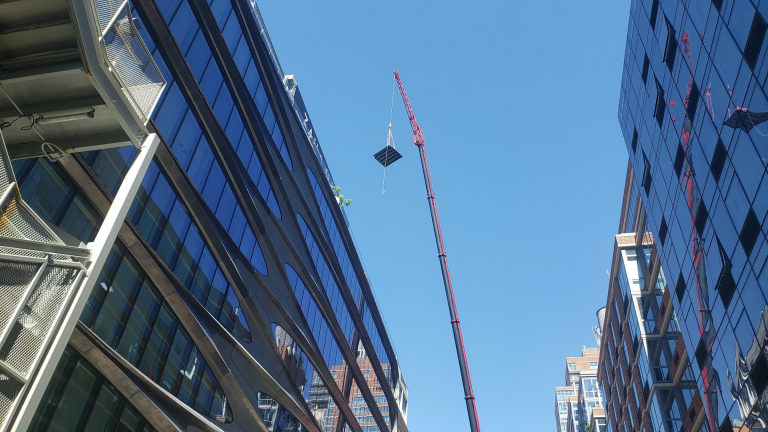 ROOFTOP POOL CRANE SERVICES NYC